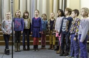 De Vriendjes van Matilda zingen het Matilda-liedje (6-12-2014)