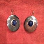 Zilveren oorhangers met stersaffieren
